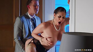 Busty mature Cathy Heaven opens her legs to be fucked by her boss